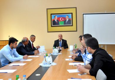 A meeting of the Greenhouse Complexes Association was held at the Nakhchivan Business Center.